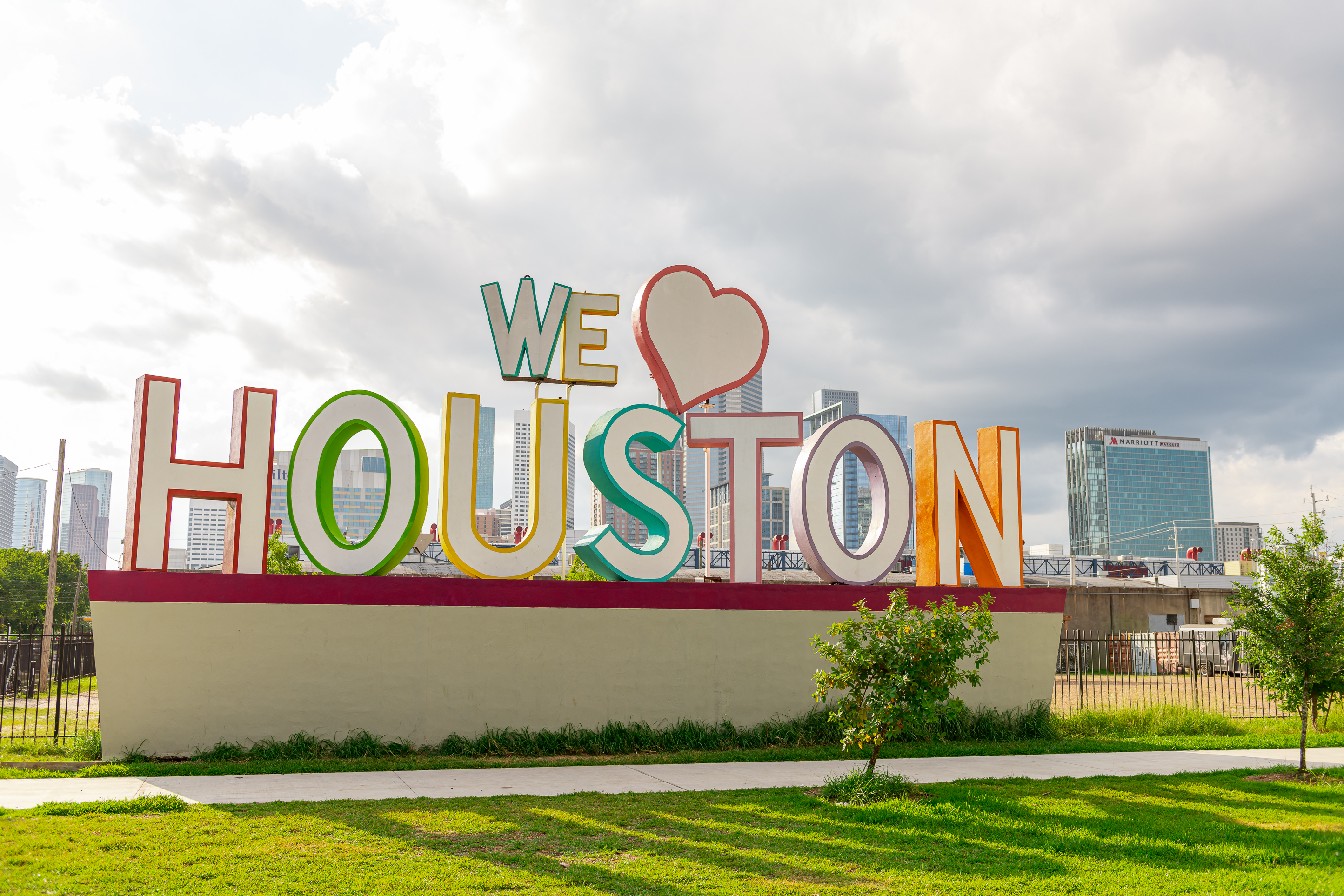 H_GHP_We Love Houston Sign_2019